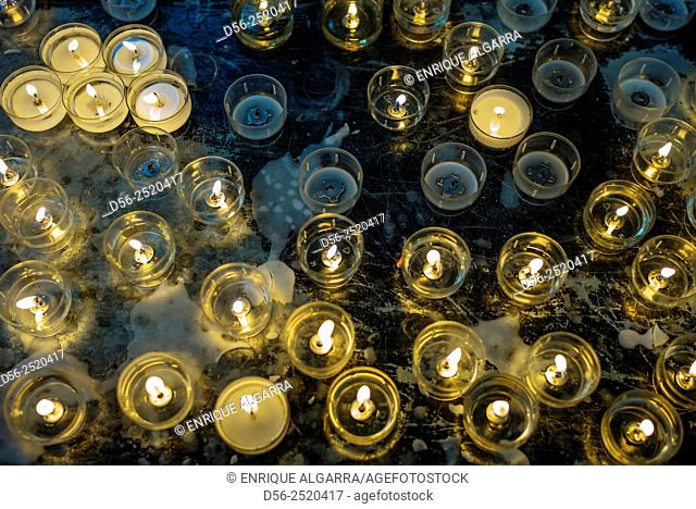 Candles, St Michael and St Gudula Cathedral, Brussels, Brabant, Belgium