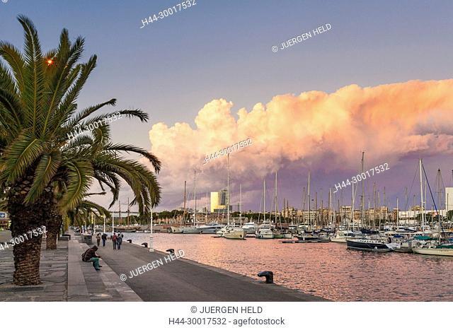 Spain, Catalonia, Barcelona, Port Vell, Promenade, Boats, Sunset