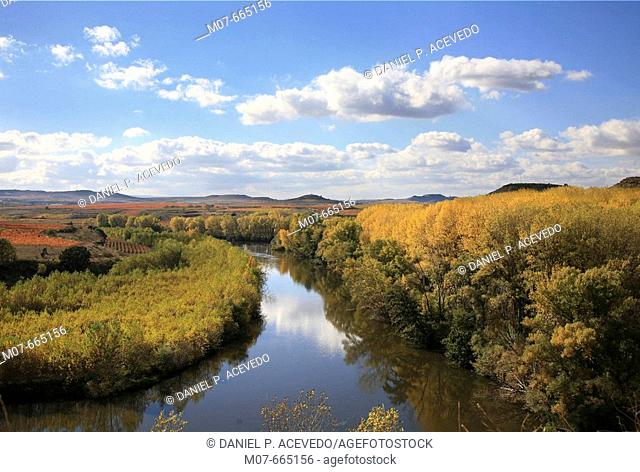 Ebro Meander in Rioja region, largest spanish river