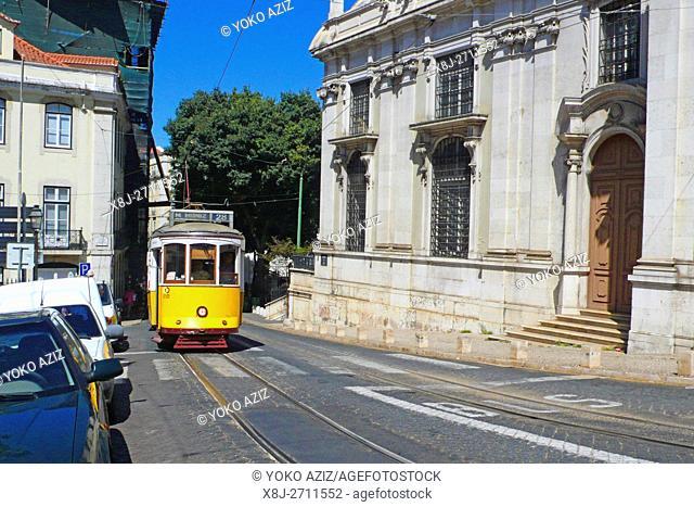 Largo da Sè, Tram, Lisbon, Portugal