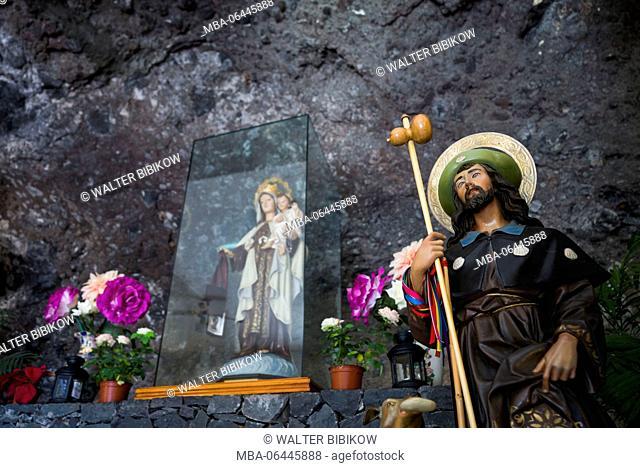 Spain, Canary Islands, La Gomera, Playa Santiago, Ermita del Carmen, cave church interior