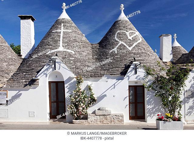 Trulli houses, Monti district, Alberobello, Valle d'Itria, Bari Province, Apulia, Italy