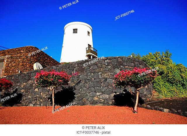 Spain, Canary islands, Lanzarote, near national park of Timanfaya, Yaiza
