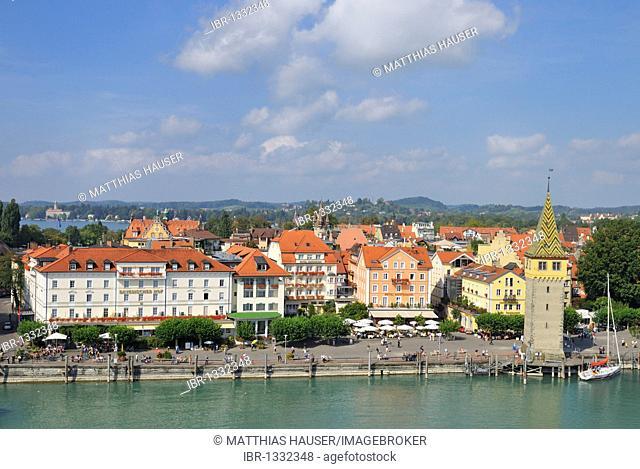 Hotels and Mangturm tower on the promenade, Lindau, Lake Constance, Bavaria, Germany, Europe