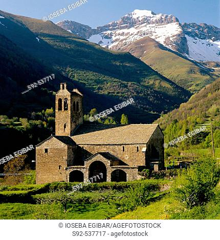 Linas de Broto in the Pyrenees. Huesca province. Aragon, Spain