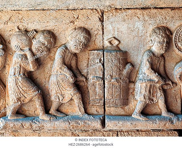 Cloister of the Cathedral of Girona, decoration of a frieze in an impost representing the wine ha?