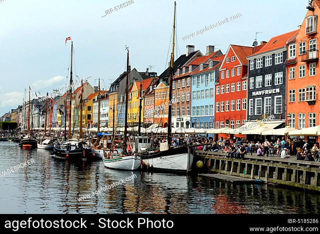 Canal Nyhavn, Copenhagen, Denmark, Europe