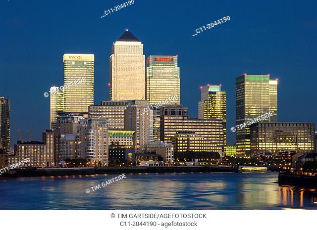 canary wharf, isle of dogs, london, england, uk, europe