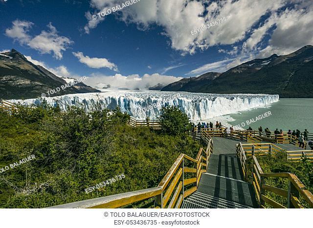 glaciar Perito Moreno , Parque Nacional Los Glaciares, departamento Lago Argentino, provincia de Santa Cruz, republica Argentina, Patagonia, cono sur
