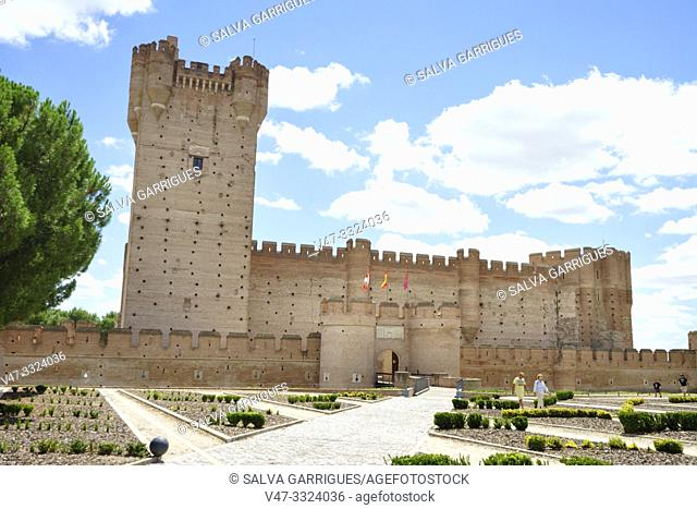 The Castle of La Mota is one of the largest in Castile and Leon, which became one of the best Artillery Parks that were in Europe in the fifteenth and sixteenth...