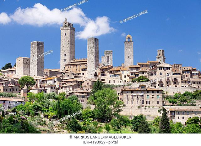 San Gimignano, a UNESCO World Heritage Site, Tuscany, Province of Siena, Italy