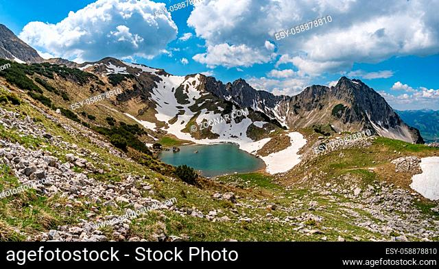 Entschenkopf crossing with a fantastic panoramic view of the Upper and Lower Gaisalpsee and the Allgau Alps