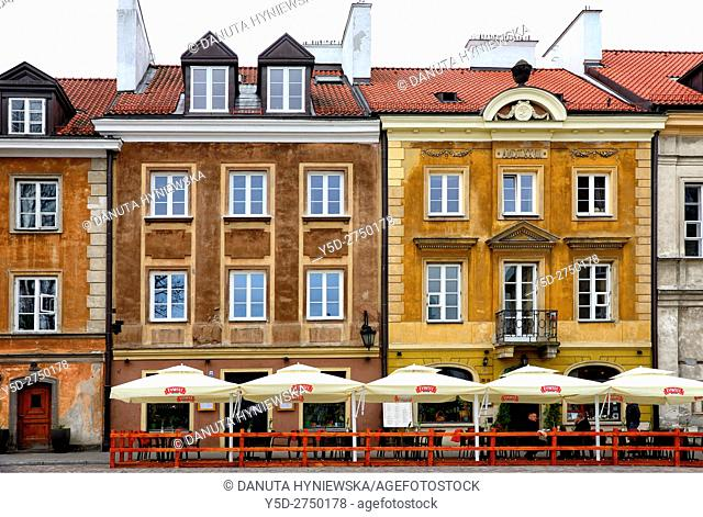 Typical residential buildings, Rynek Nowego Miasta, New Town Market Place, New Town , Nowe Miasto, Warsaw, Poland, Europe