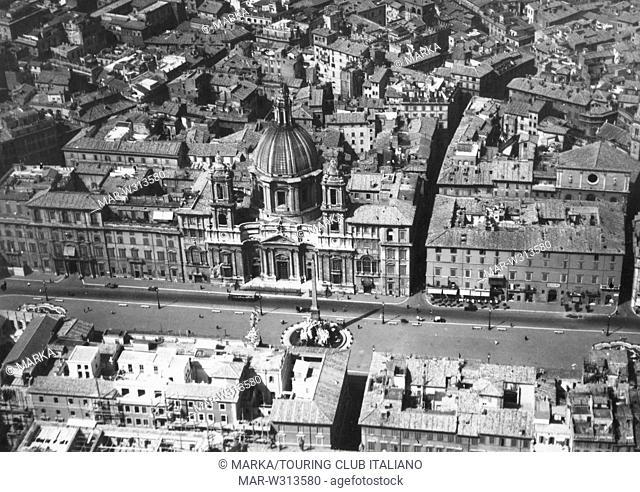 roma, veduta aerea di piazza navona, 1930-40 // Rome, aerial view of Piazza Navona, 1930-40