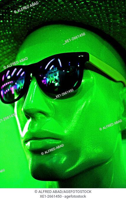 Green face mannequin