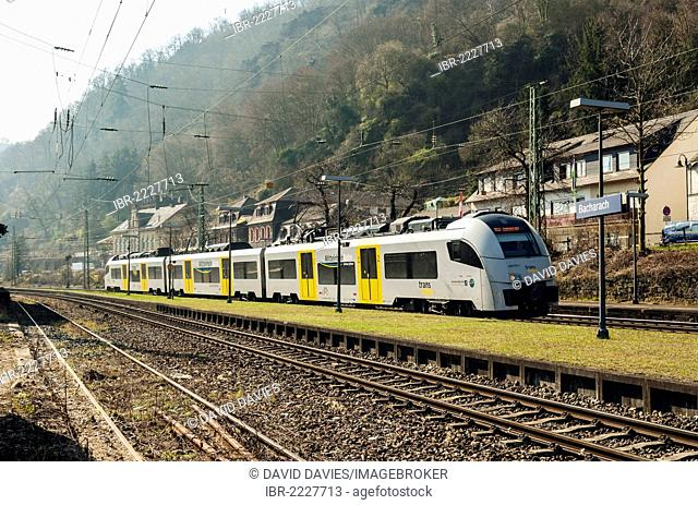 Local train arriving at Bacharach, Upper Middle Rhine Valley, UNESCO World Heritage Site, Rhineland-Palatinate, Germany, Europe