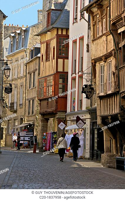 Medieval half timbered houses in streets of old town, Dinan, Cotes d'Armor 22, Brittany, France