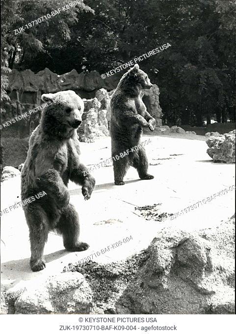 Jul. 10, 1973 - Dancing Bears Bois de Boulogne Zoological Park Paris (Credit Image: © Keystone Press Agency/Keystone USA via ZUMAPRESS.com)
