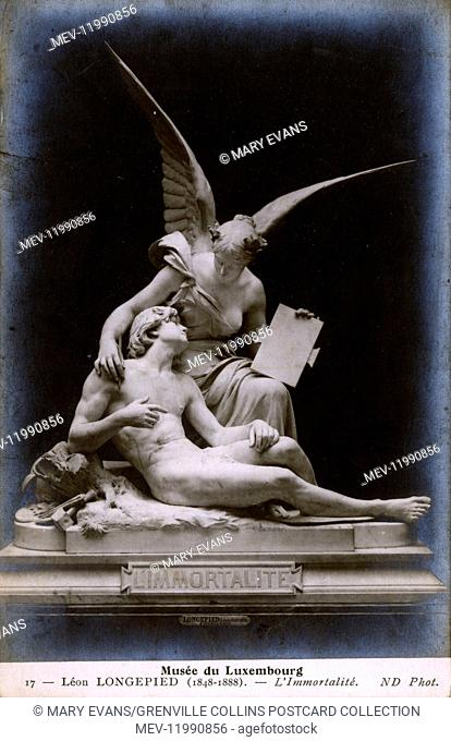 Sculpture L'Immortalite (1866) by Leon-Eugene Longepied (1849-1888) - versionin the Musee du Luxembourg