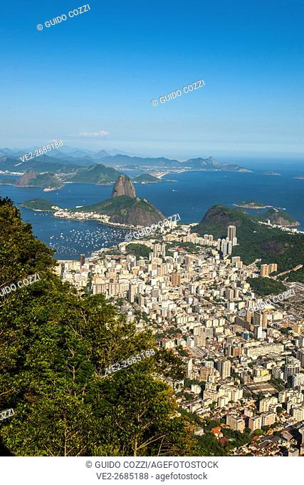 Brazil, Rio de Janeiro, view of the town from Corcovado lookout