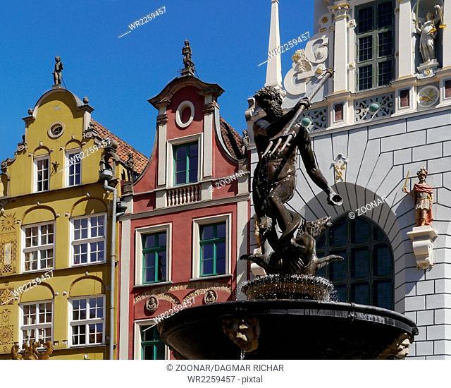 neptune fountain in gdansk