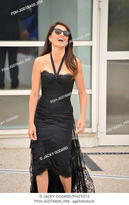 Penelope Cruz Photocall of the film 'Everybody Knows' (Todos lo Saben) 71st Cannes Film Festival May 9, 2018 Photo Jacky Godard