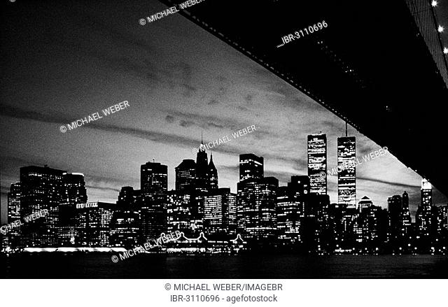 Brooklyn Bridge, view of Manhattan skyline with former World Trade Center or WTC, historical photograph