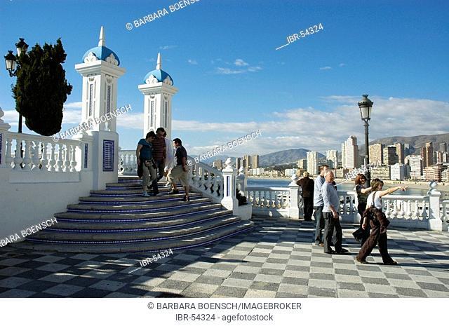 Tourists on a viewing platform, balcony of the Mediterranean, Benidorm, Costa Blanca, Spain