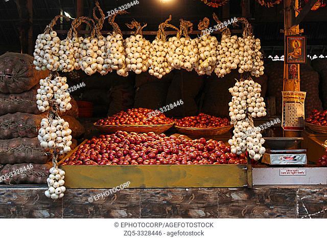 Onion for sale, Mahatma Phule Mandai, Pune, Maharashtra, India