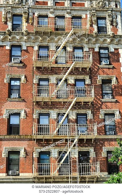 Old apartment buildings, Manhattan, New York, USA