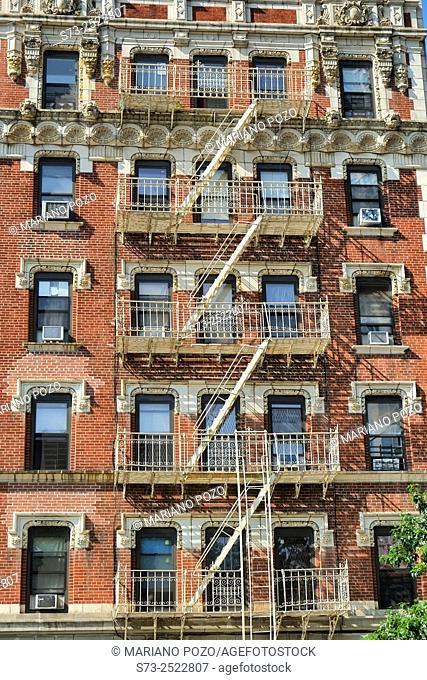 Old apartment buildings, Manhattan, New York, USA