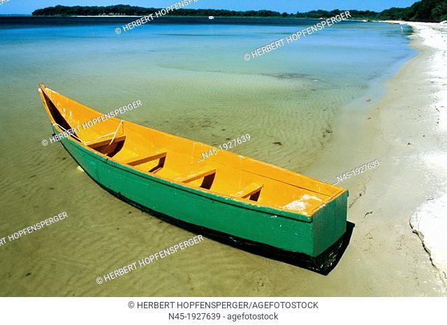 Fisher Boat; Ssese Island; Beach; Landscape; northwestern part of Lake Victoria; Uganda