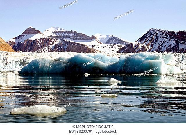 King's Glacier in King's Fjord, western Spitsbergen, Norway, Svalbard, Svaalbard