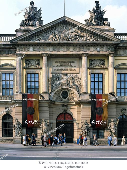 Germany, Berlin, Spree, Capital of Germany, Berlin-Mitte, Zeughaus Unter den Linden, former armoury, Museum of German History, nowadays German Historic Museum