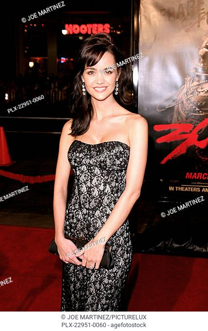 300 (Premiere) April Scott 3-5-2007 / Grauman's Chinese Theater / Hollywood, CA / Warner Brothers / Photo by Joe Martinez