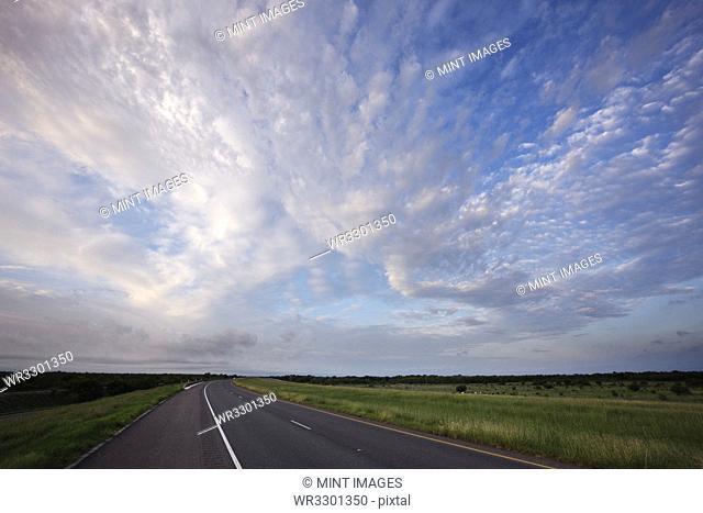 US Interstate 35 at Sunrise