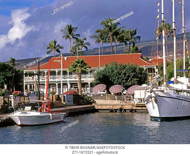 USA, Hawaii, Maui, Lahaina, harbor, Pioneer Inn