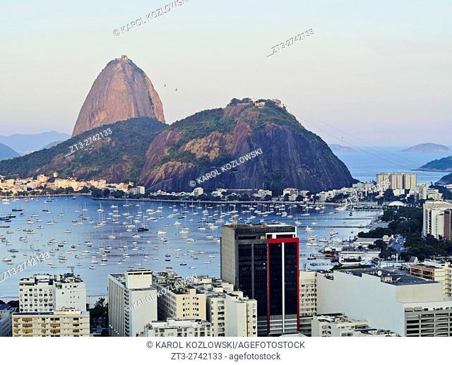 Brazil, City of Rio de Janeiro, View over Botafogo Neighbourhood towards the Sugarloaf Mountain