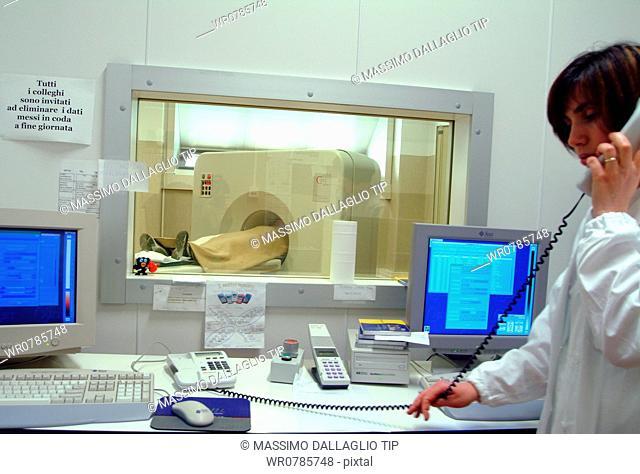 Patient in a MRI imaging machine