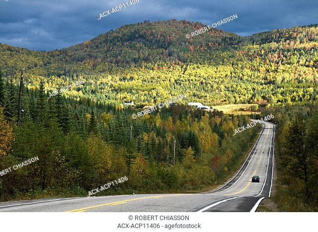 Road between Les âboulements and Saint-Hilarion, Quebec, Canada