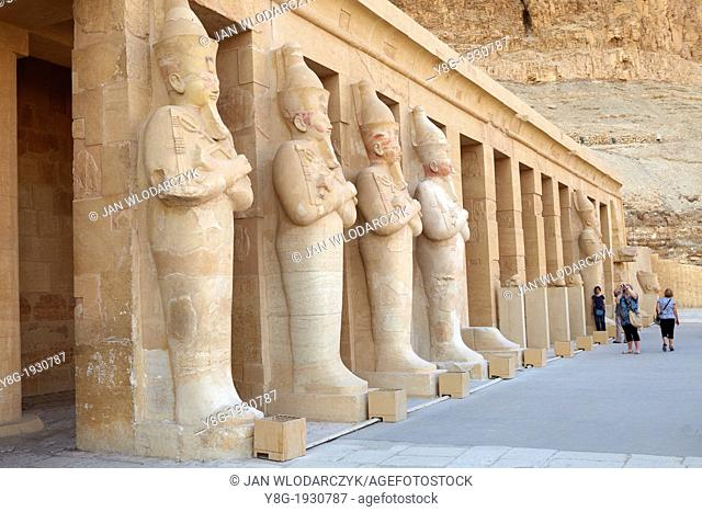 Egypt - statues of Hatshepsut on the third terrace, Hatshepsut Temple, Valley of the Queens, Thebes, Upper Egypt