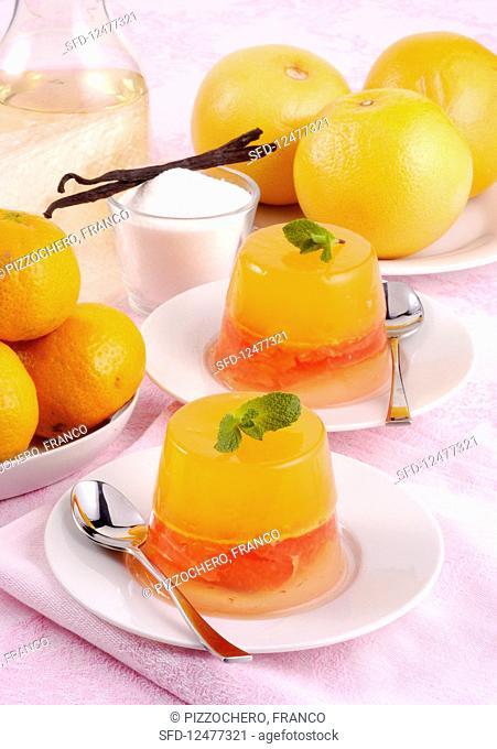 Mandarin jelly with mint