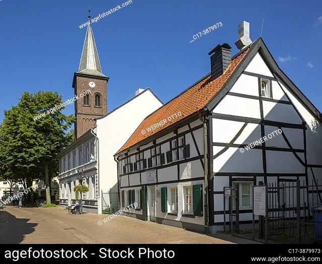 Ratingen, Germany, Ratingen, Bergisches Land, Rhineland, North Rhine-Westphalia, NRW, evangelic municipal church, evangelic parsonage and half-timbered house at...