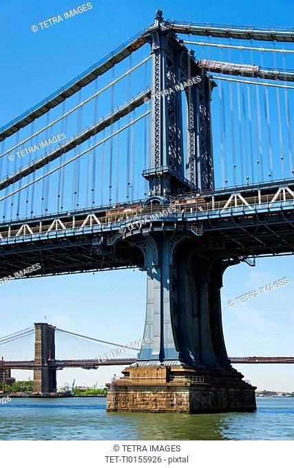 USA, New York state, New York City, Manhattan Bridge and Brooklyn Bridge