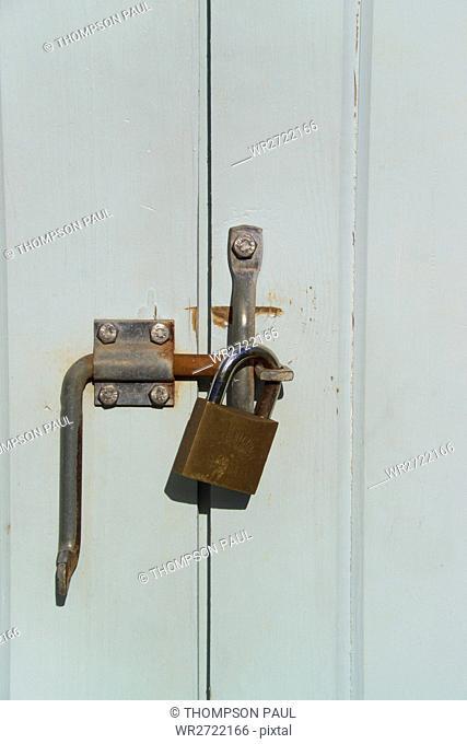 90900163, Padlocked, Wooden Door, lock, locked, pa