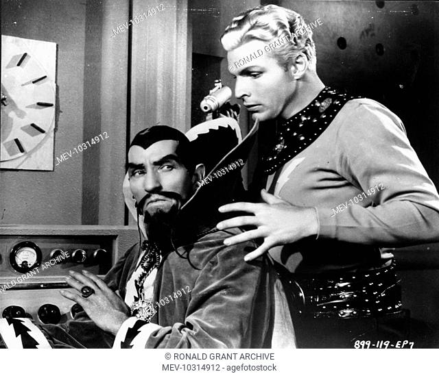 FLASH GORDON'S TRIP TO MARS [US 1938] CHARLES MIDDLETON AS MING AND LARRY 'BUSTER' CRABBE AS FLASH A UNIVERSAL SERIAL