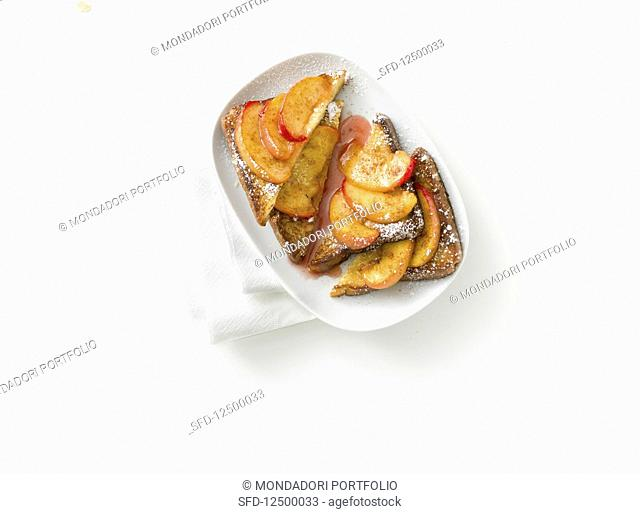 French toast with peaches and cinnamon