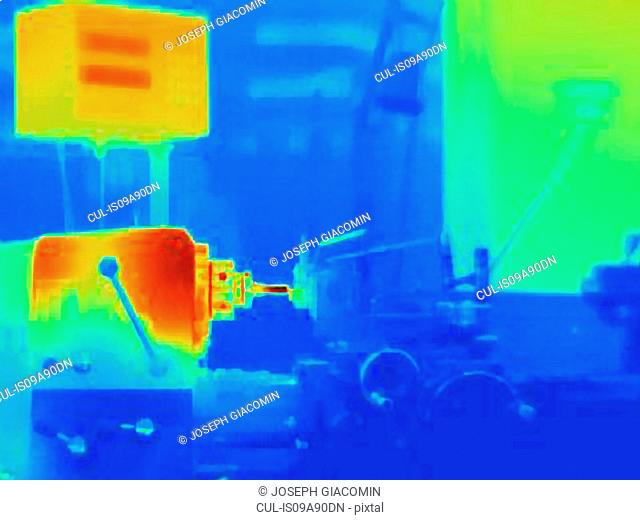 Thermal image of part turning on lathe