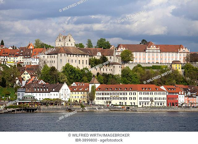 View of the town with Burg Meersburg, Old Castle, and Neues Schloss, New Castle, Meersburg, Lake Constance, Baden-Württemberg, Germany