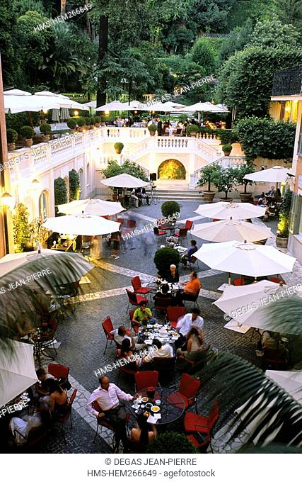Italy, Lazio, Rome, Tridente District, Hotel de Russie, favorite stop for stars as Monica Bellucci or George Clooney